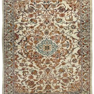 Antique Ziegler-Mahal carpet