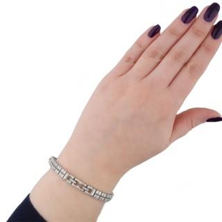 Art Deco diamond bracelet, circa 1920.