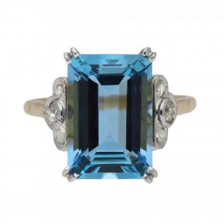 Aquamarine and diamond ring, circa 1915.