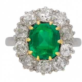 Vintage Colombian emerald coronet cluster ring, circa 1950.