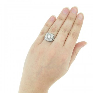 Art Deco diamond and sapphire cluster ring, circa 1925.