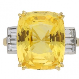 Yellow Ceylon sapphire and diamond ring, English, circa 1950.