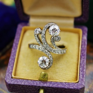 A very fine Belle Epoque Diamond Ring mounted in 18ct Yellow Gold & Platinum, French, Circa 1905