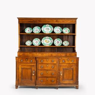 A Handsome George III Period Oak Dresser and Rack