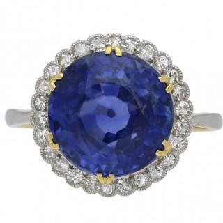 Edwardian Ceylon sapphire and diamond coronet cluster ring, circa 1915.