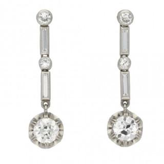 Art Deco diamond drop earrings, French, circa 1930.
