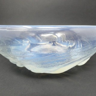 Rene Lalique Glass Opalescent Ondines Bowl