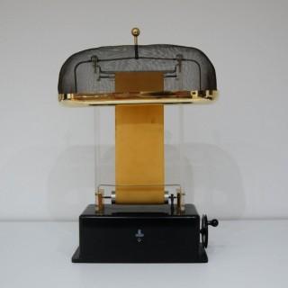 Early Demonstration Van Der Graaf Generator by Physica