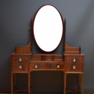 Edwardian Mahogany Dressing Table