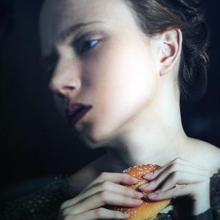Romina Ressia; Burger; Grand Art Photographic Print No. 476/500