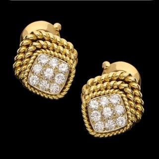 Van Cleef & Arpels - Pair of Vintage Diamond Rope Twist Gold Earrings circa 1979