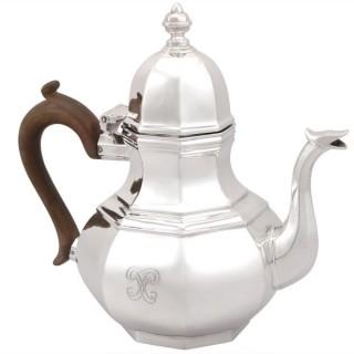 Britannia Standard Silver Teapot - Queen Anne Style - Antique George V (1920)