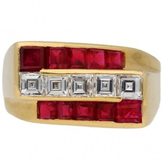 Oscar Heyman Brothers ruby and diamond ring, American, circa 1940.
