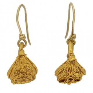 Greek filigree gold earrings, circa 5th-3rd century BC.