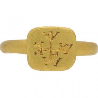 Byzantine monogram ring in gold, circa 6th-8th century AD.