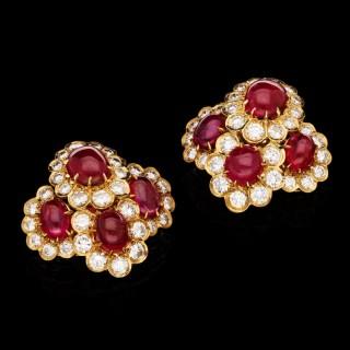 Van Cleef & Arpels - Cabochon Burma Ruby & Diamond Clusters Earrings circa 1972