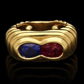 Van Cleef & Arpels - Vintage Ruby & Sapphire Dress Ring circa 1960s