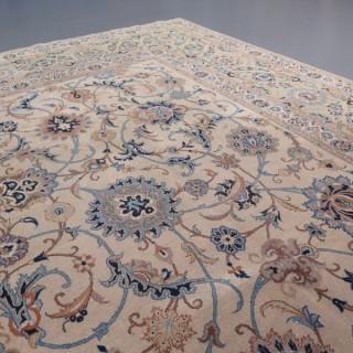 Decorative Kashan carpet, signed 'Isfahanian'