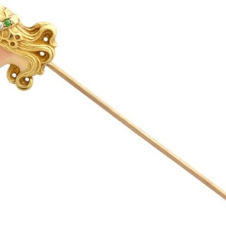 Diamond and Peridot, Enamel and 14ct Yellow Gold Pin Brooch - Art Nouveau - Antique Circa 1895