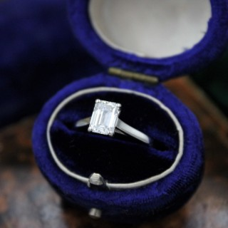 A very fine 0.91ct Emerald Cut Diamond Solitaire Ring mounted in Platinum, Pre-owned