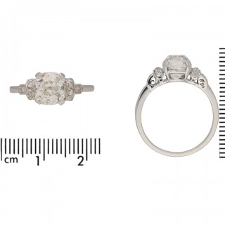 Vintage old mine diamond solitaire ring, English, circa 1950.