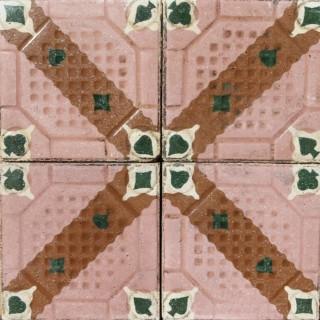 Tiles 3.44 m2 (37 ft2)