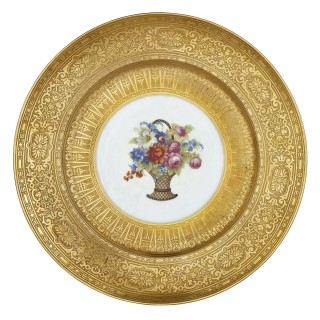 Twelve parcel gilt Bohemian porcelain dinner plates by P.A.L.T