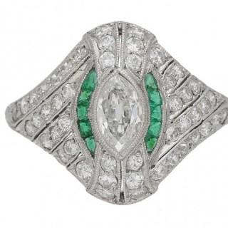 Edwardian diamond and emerald cluster ring, English, circa 1910.