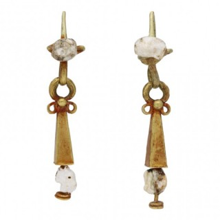 Ancient Roman gold and pearl earrings, circa 3rd-4th century AD.