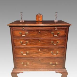 Geo III mahogany chest of drawers.