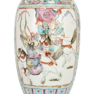 Antique Chinese Canton porcelain vase