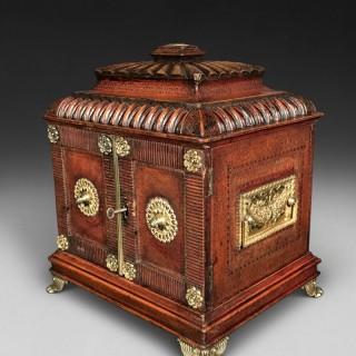 Regency Period Leather Bound Lady's Compendium Pagoda Box