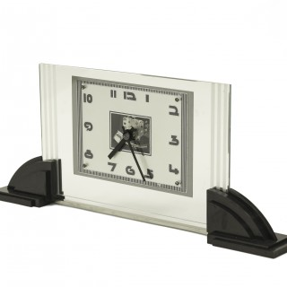 Art Deco Glass and Bakelite Mantel clock