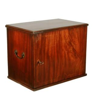 Georgian Mahogany Collector's Cabinet