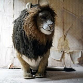 A Large & Fine Italian Stuffed Plush Lion by Jockline c.1980