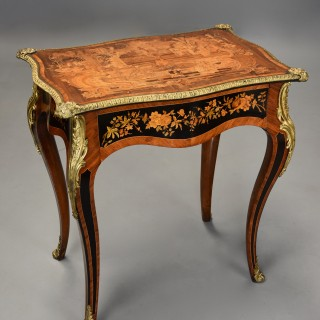 Mid 19th century fine quality Kingwood inlaid centre table in the French style