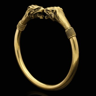 French Antique 18ct gold lion head bangle