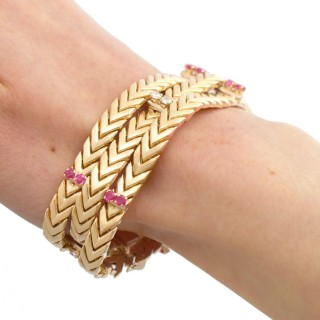 0.89ct Ruby and 0.50ct Diamond, 18ct Yellow Gold Bracelet by Kutchinsky - Vintage Circa 1960
