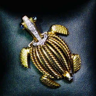 Cartier Tortoise brooch