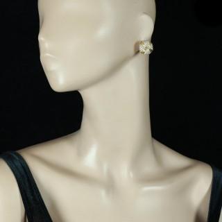 Georges Lenfant- Vintage Bombe Diamond 18 Carat YG Ear Clips, circa 1970s