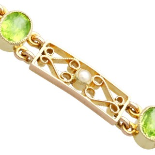 5.34ct Peridot and Pearl, 15ct Yellow Gold Bracelet - Antique Circa 1900