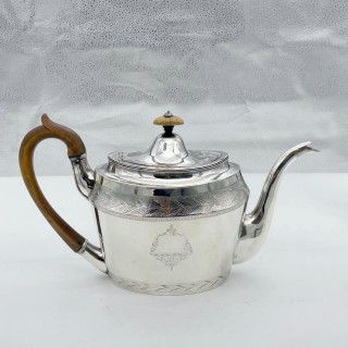 Antique George III Silver Teapot London 1796 Henry Chawner