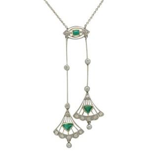 0.25 ct Emerald and 0.30 ct Diamond, 18 ct Yellow Gold Necklace - Art Deco - Antique Circa 1920