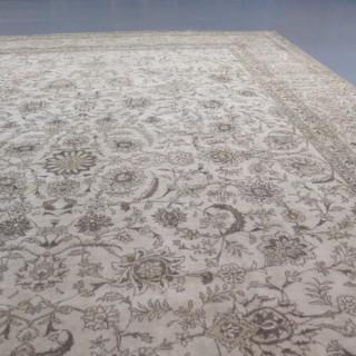 Elegant Kashan carpet, signed