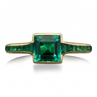 Hancocks Contemporary 1.10ct Colombian No Oil Emerald And 18ct Gold Ring