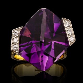 Grima Stylish Vintage Amethyst Diamond Gold Ring 1971