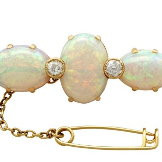 8.74 ct Opal and 0.96 ct Diamond, 18 ct Yellow Gold Brooch- Antique Victorian