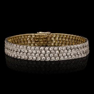 Beautiful Old Cut Diamond Bracelet In Platinum And Gold circa 1920