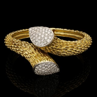 Boucheron Vintage 'Serpent Boheme' Gold And Pavé Diamond Bangle Circa 1970's