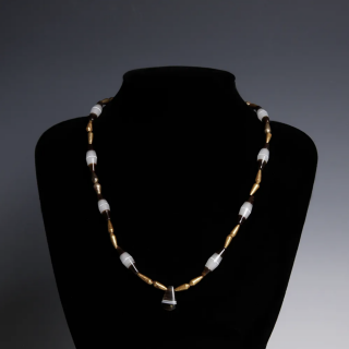 Near Eastern Banded Agate and Gold Bead Necklace
